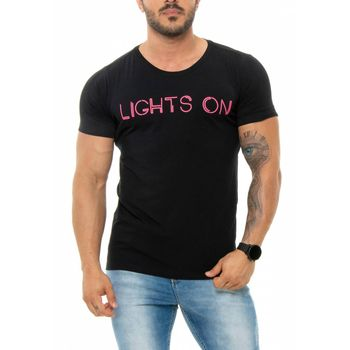 Camiseta Lights On Preta