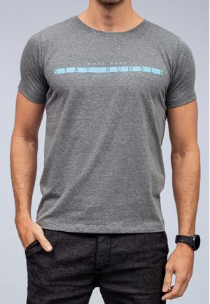 Camiseta Stay Humble