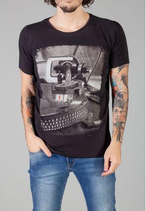 Camiseta Bolacha Preta